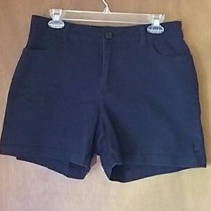 Lee black jean shorts 10 medium